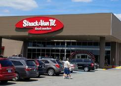 Crossroads Shopping Center: Strack & Van Til Food Market