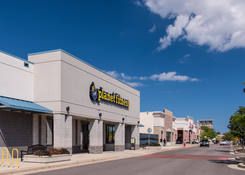 Midtown Center: Planet Fitness