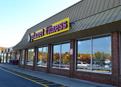 Imperial Plaza: Planet Fitness